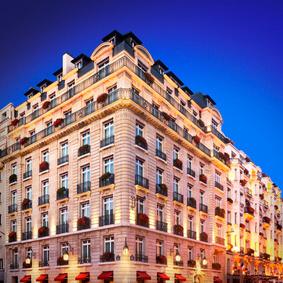Hotel Le Bristol - cover