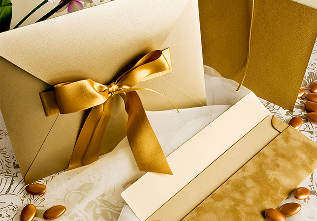Your Guide to a Wedding Abroad - Invitations