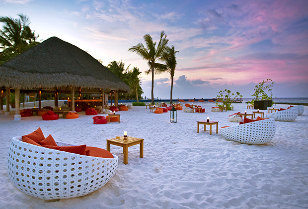 top 10 honeymoon hotels for 2015 blog honeymoon dreams honeymoon dreams. Black Bedroom Furniture Sets. Home Design Ideas