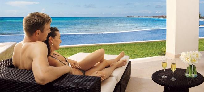 Secrets Silversands - Mexico Luxury Holidays - couple