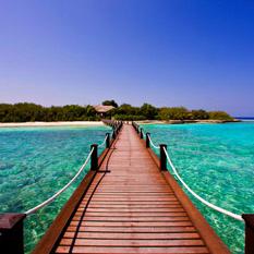 Sheraton Maldives Full Moon Resort - maldives honeymoon packages - jetty